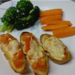 Bruschetta-with-tomato-and-garlic